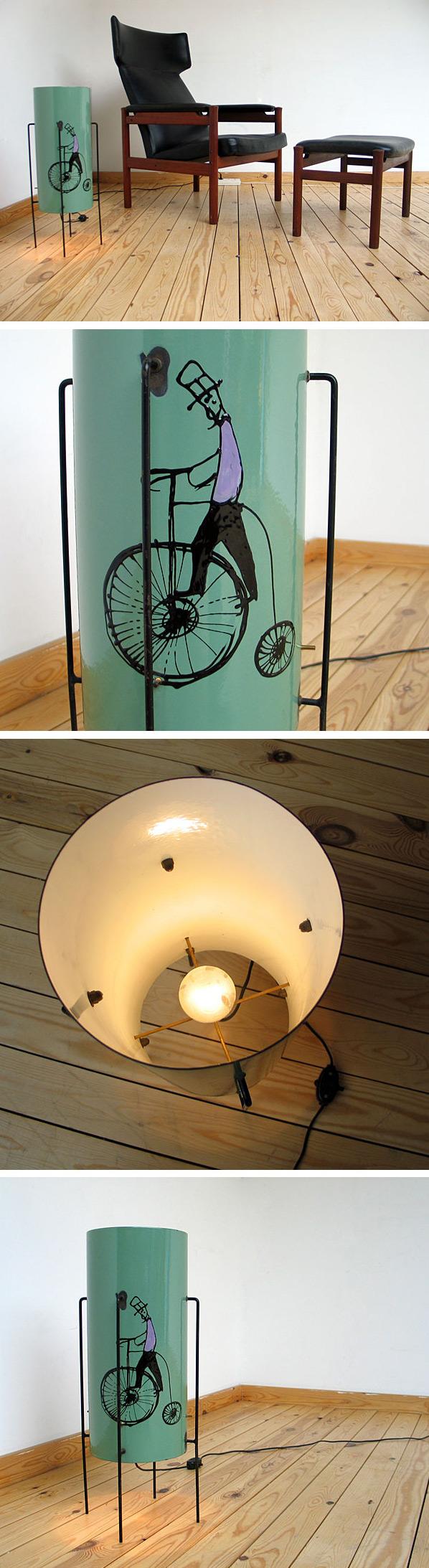 Italian enamel decorated floor lamp 1950 Large