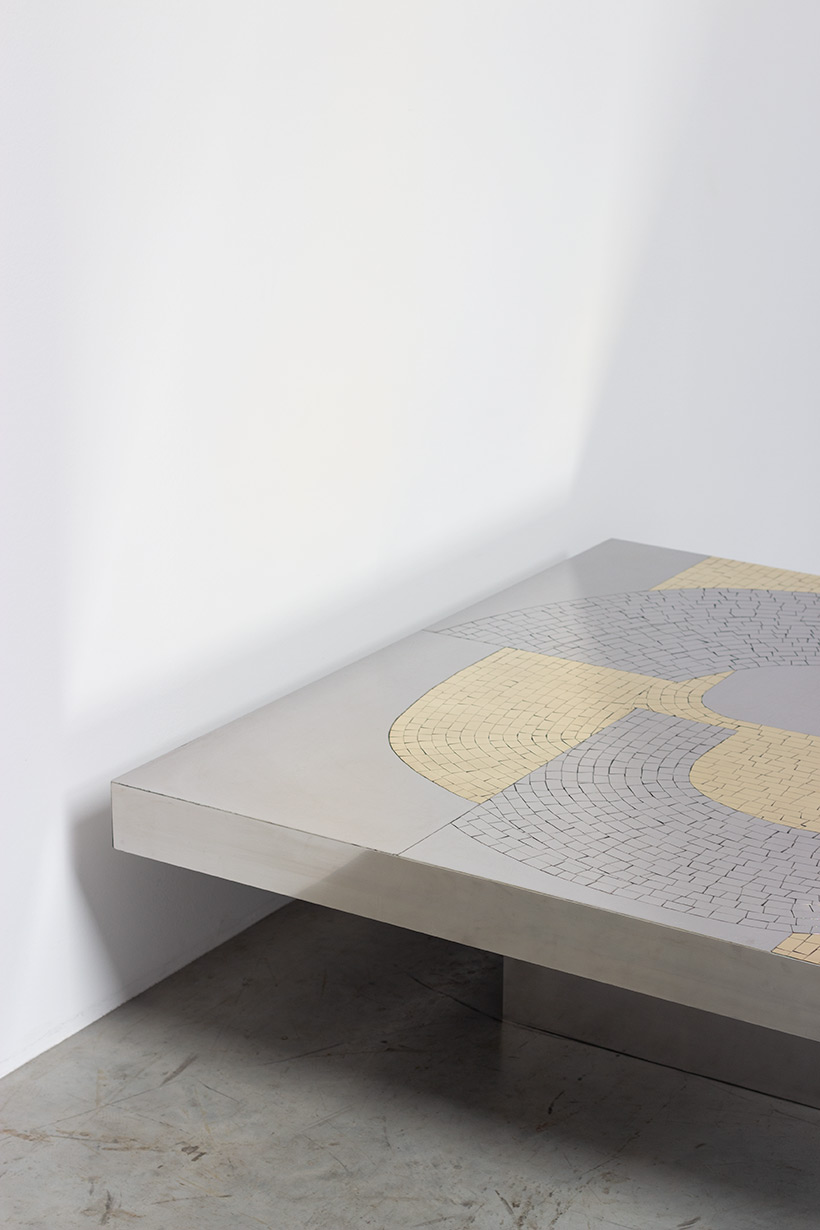 Jean Claude Dresse Stainless steel 1970 Modernist Coffee table img 4