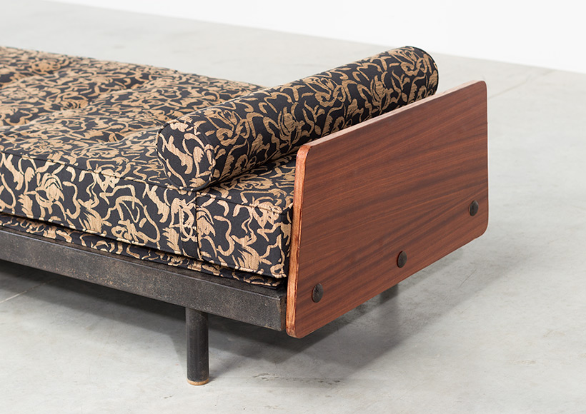 Jean Prouve daybed Cansado Mauritania S.C.A.L. circa 1950 img 3