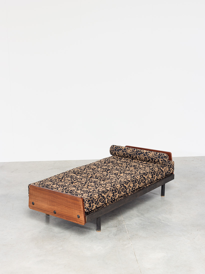 Jean Prouve daybed Cansado Mauritania S.C.A.L. circa 1950 img 4