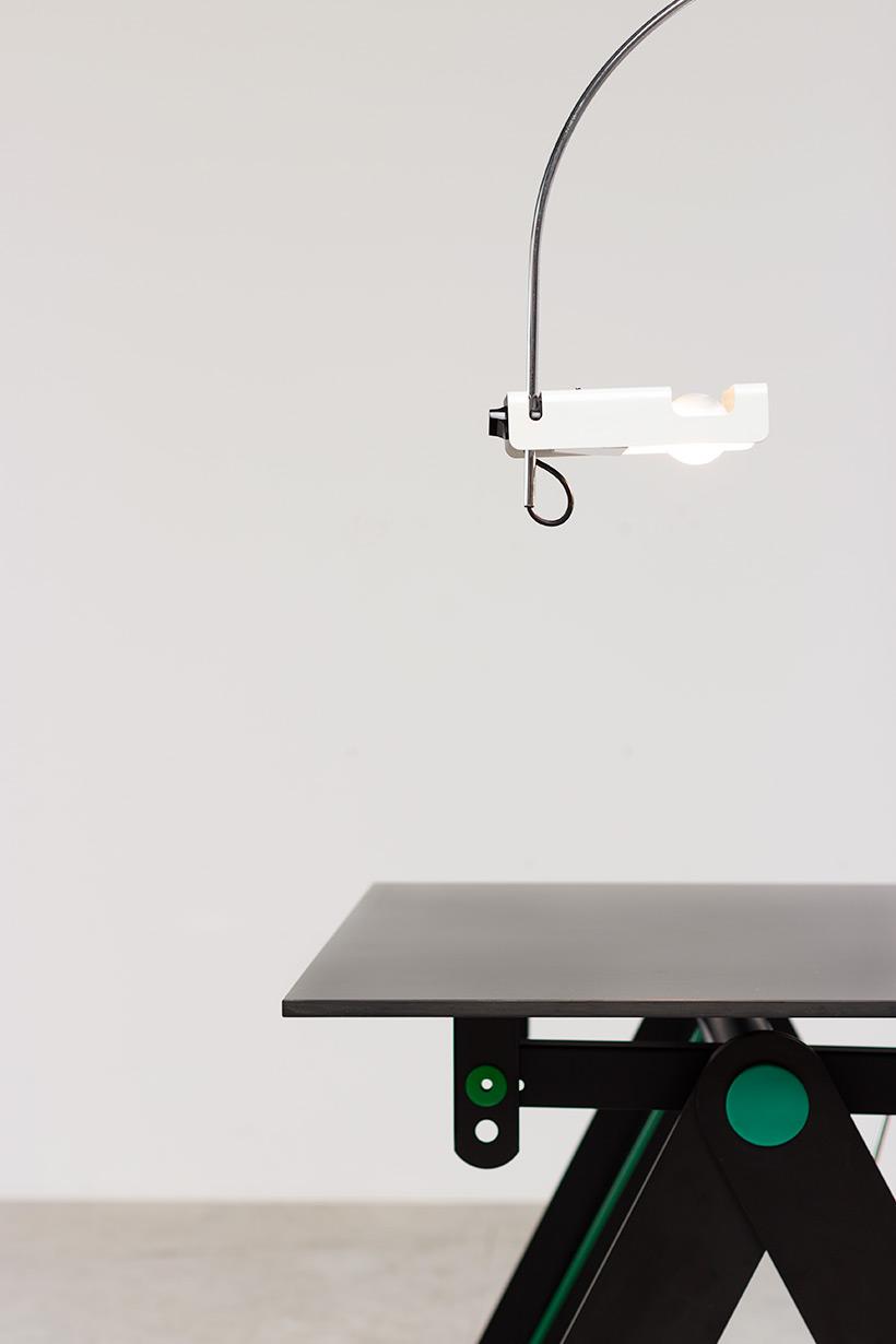 Joe Colombo Desk lamp Spider for Oluce 1960 img 6