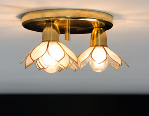 Lotus flower ceiling lamp Mother of Pearl Boulanger