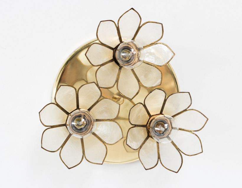 Lotus flower ceiling lamp Mother of Pearl Boulanger img 4