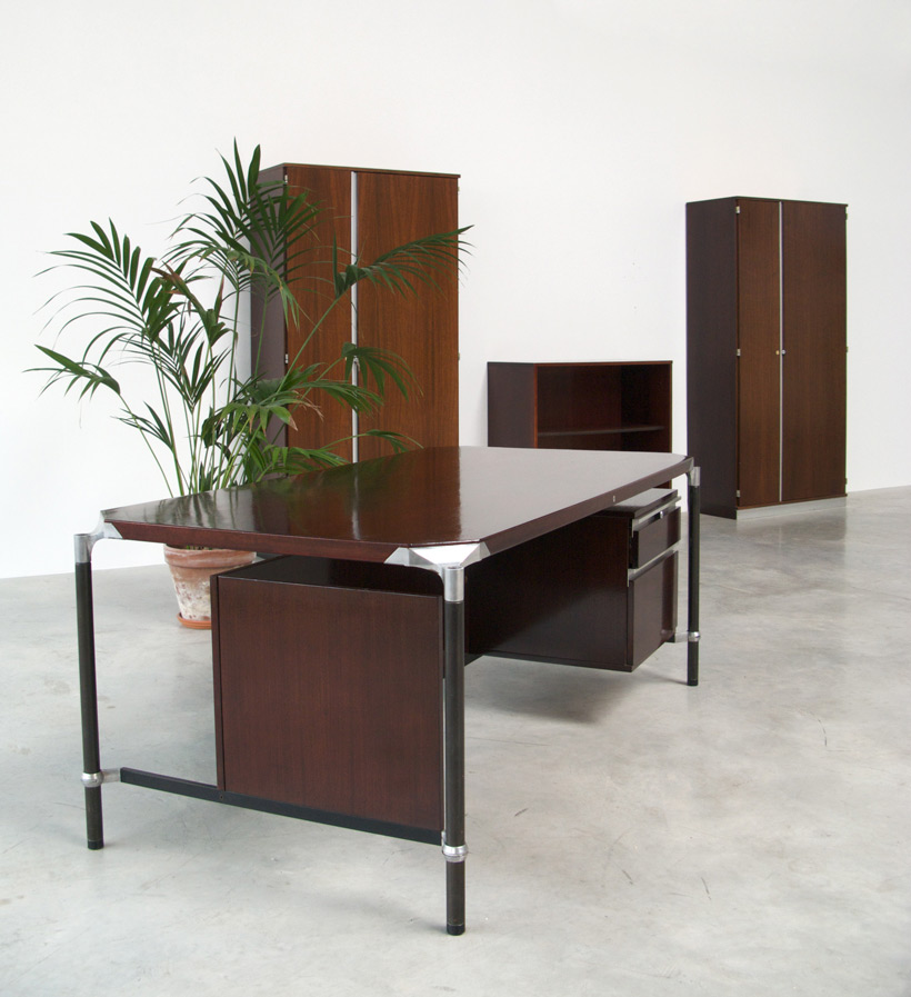 Luisa and Ico Parisi executive desk for MIM Large