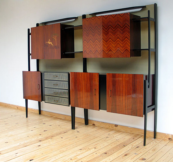 Modern Italian 1950 wall unit cabinet storage
