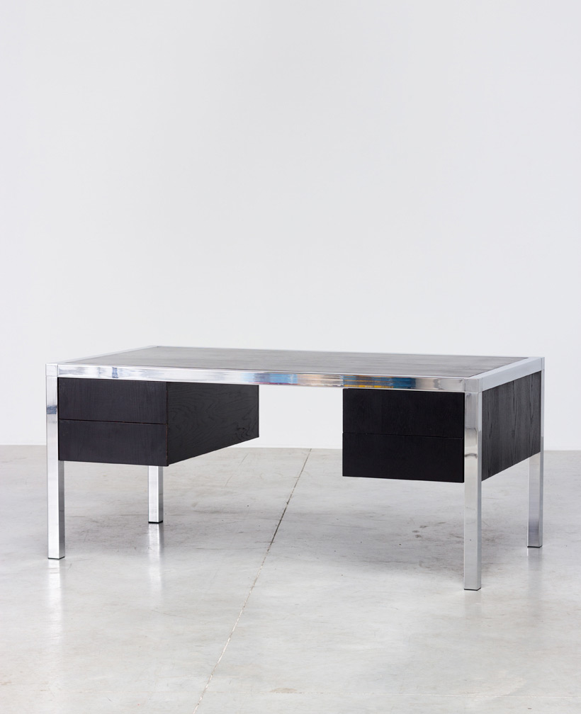 Monolith black chromed rectangular desk 1970 img 4