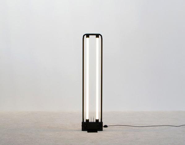 Neon lamp Design Gian Nicola Gigante 1981 Sottsass