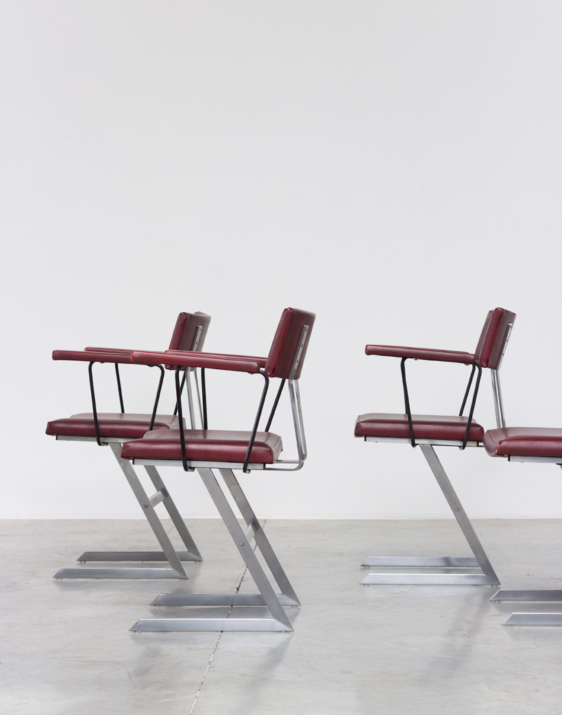 Nine zigzag sculptural dinning chairs 1970