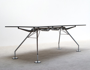 Norman Foster industrial table Nomos for Tecno