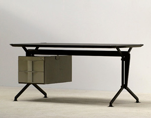 Office writing desk Studio BBPR Olivetti Arco 1963