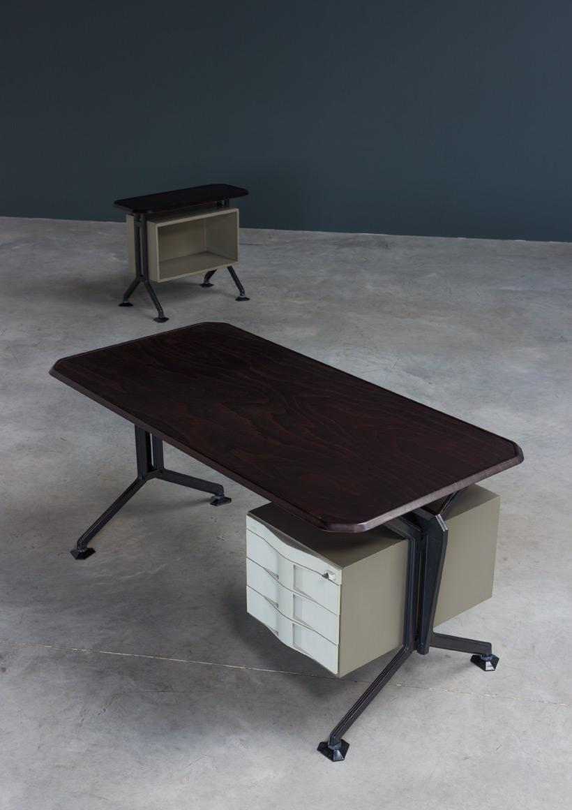 Olivetti Arco office writing desk Studio BBPR 1963