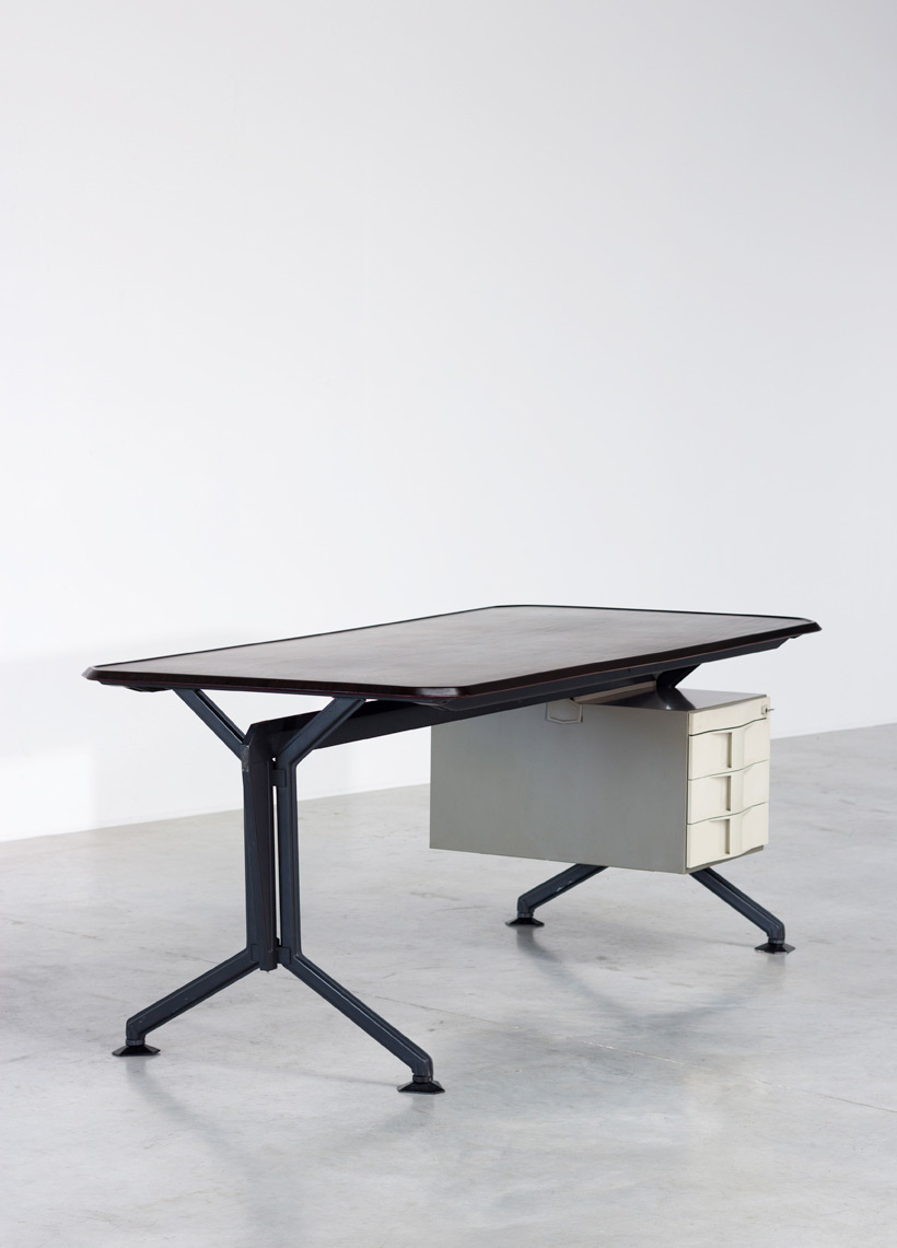 Olivetti Studio BBPR Arco office writing desk 1963 img 4