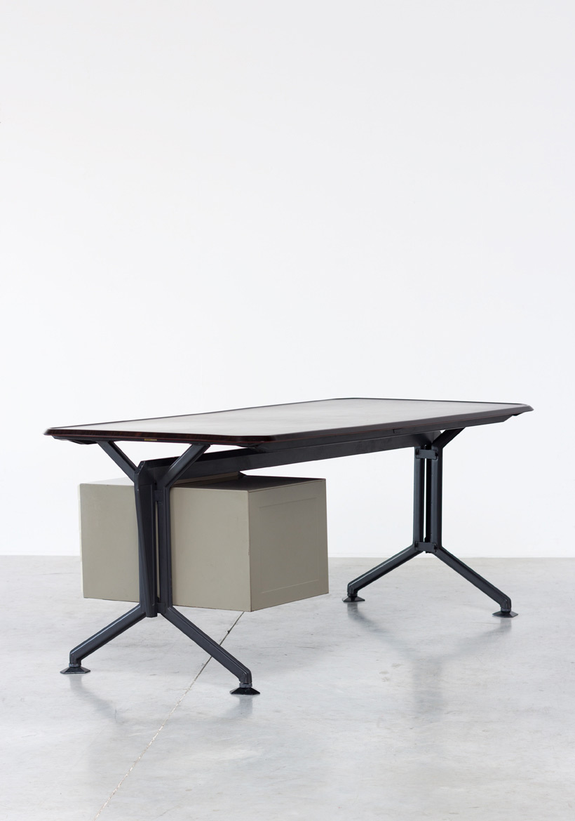 Olivetti Studio BBPR Arco office writing desk 1963 img 6