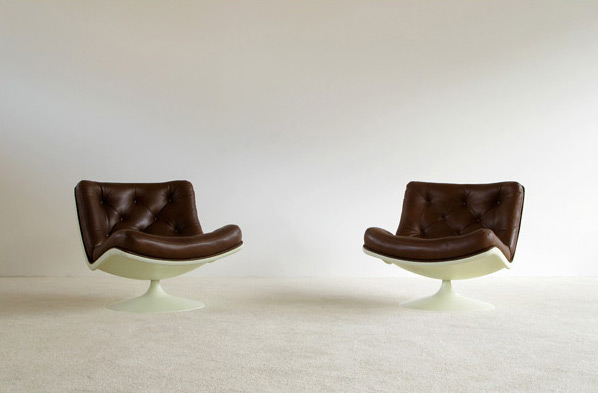 Pair of Leather Geoffrey Harcourt lounge chairs Artifort