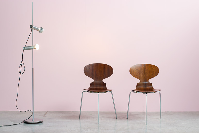 Pair of Rosewood Ant chairs designed by Arne Jacobsen Novo Nordisk img 3