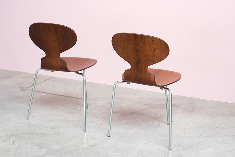 Pair of Rosewood Ant chairs designed by Arne Jacobsen Novo Nordisk img 6