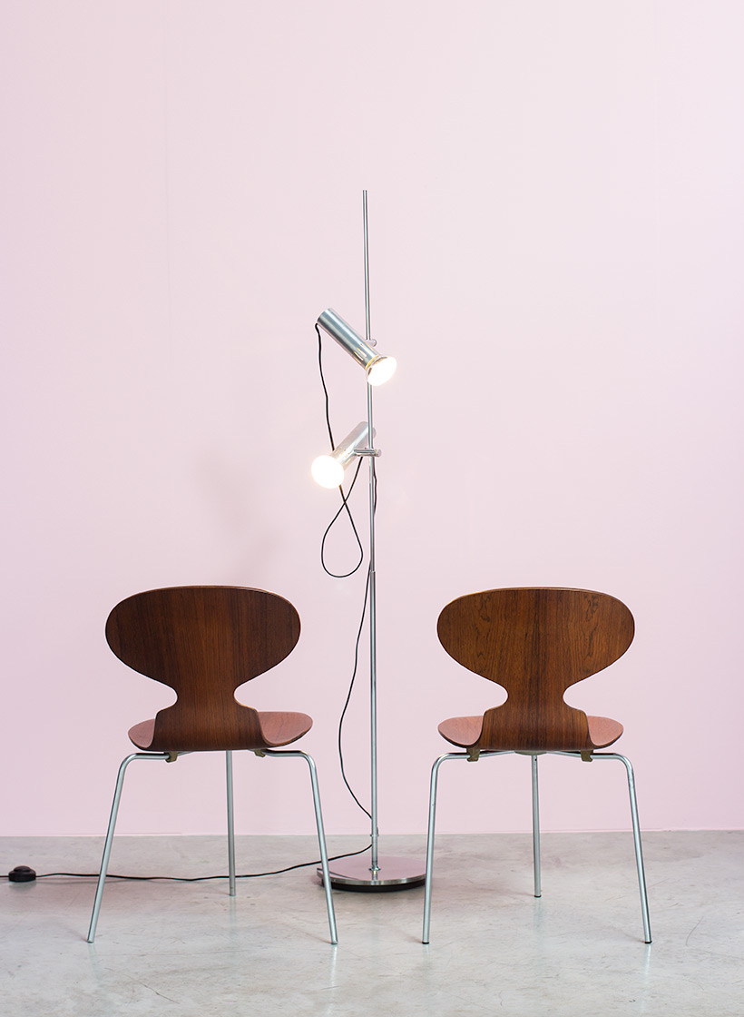 Pair of Rosewood Ant chairs designed by Arne Jacobsen Novo Nordisk img 7