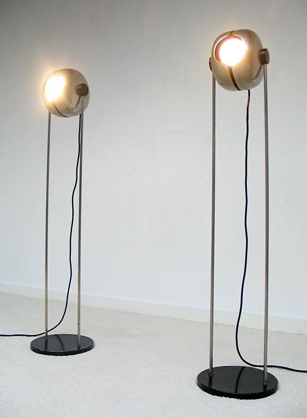 Pair of Space Age Cricket floor lamps Raak 1970