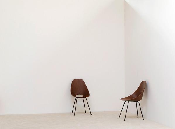 Pair of Vittorio Nobili Medea chairs by Fratelli Tagliabue