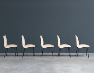 Pierre Guariche 5 dinning chairs for Meurop