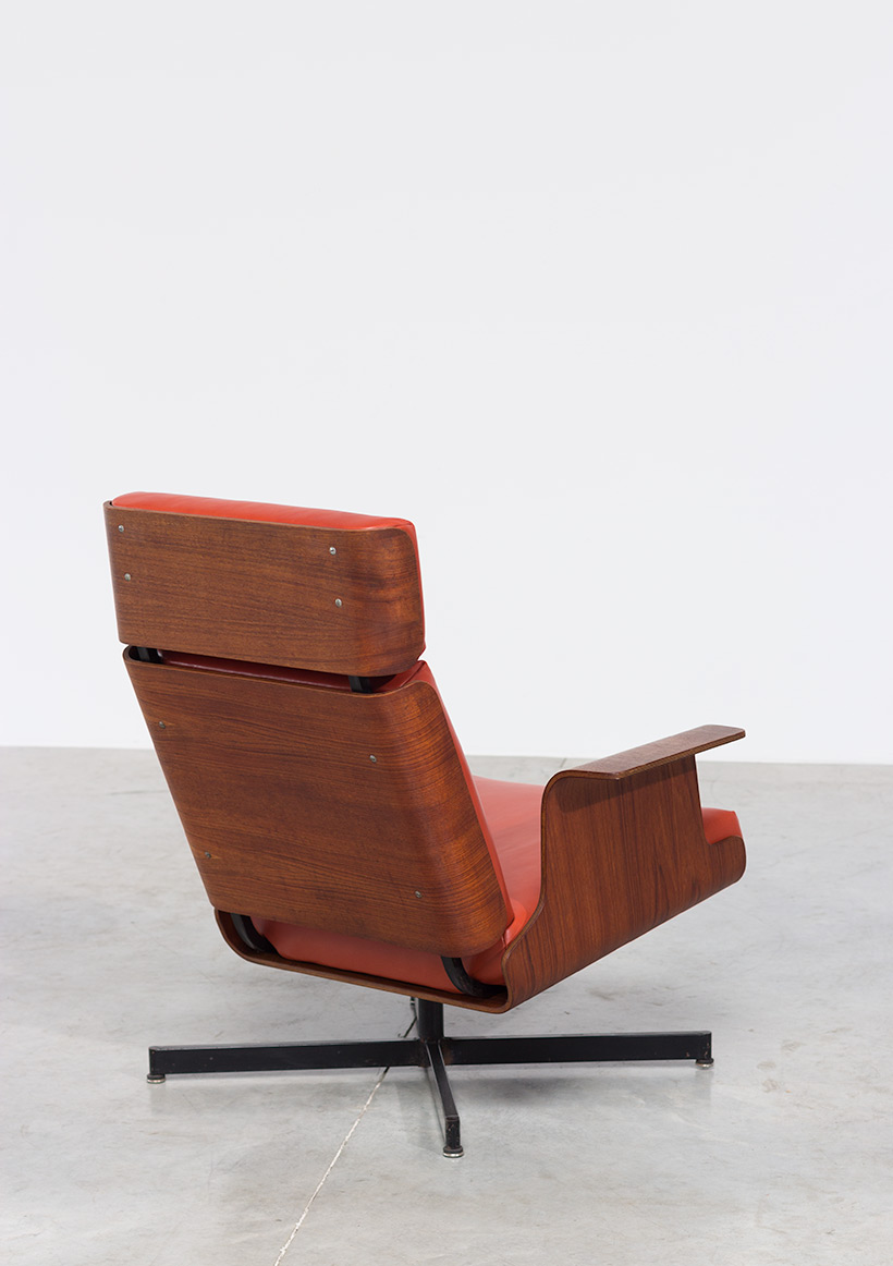 Pierre Guariche attributed plywood teak lounge chair img 5