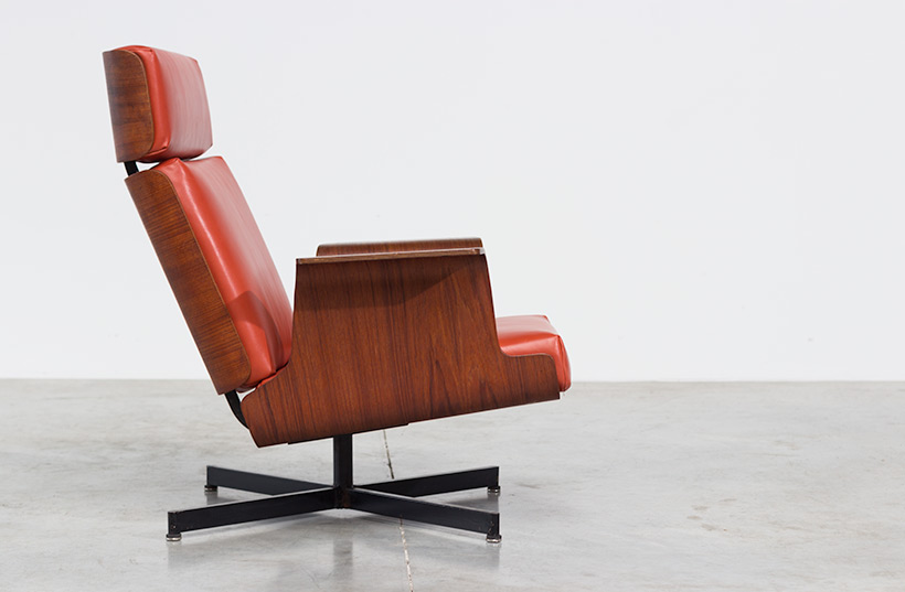 Pierre Guariche attributed plywood teak lounge chair img 8