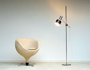 Pierre Guariche ball side chair model Luna Meurop 1960