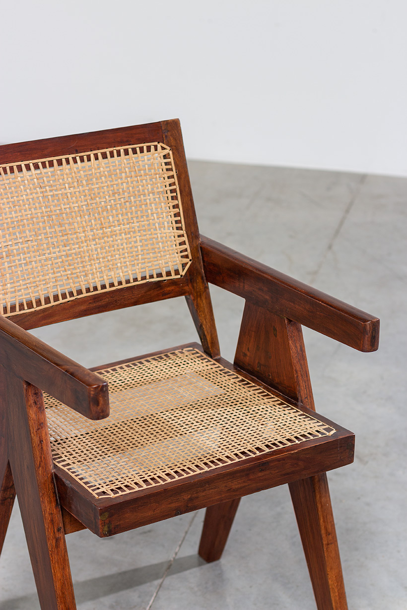 Pierre Jeanneret Armchair or office chair Chandigarh India 1950 img 4
