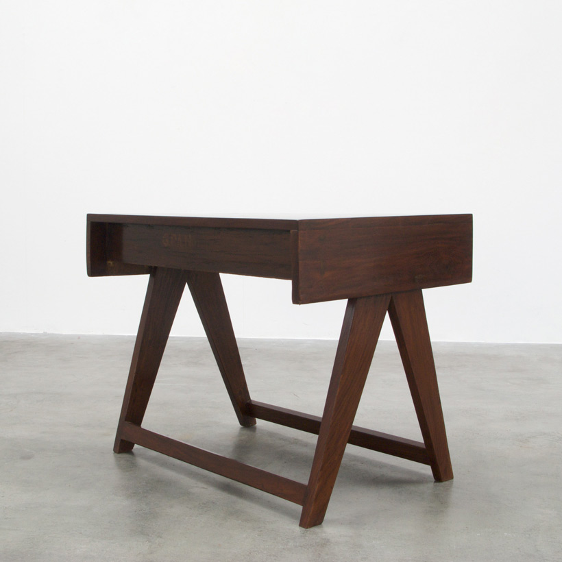 Pierre Jeanneret Student desk Chandigarh India img 5