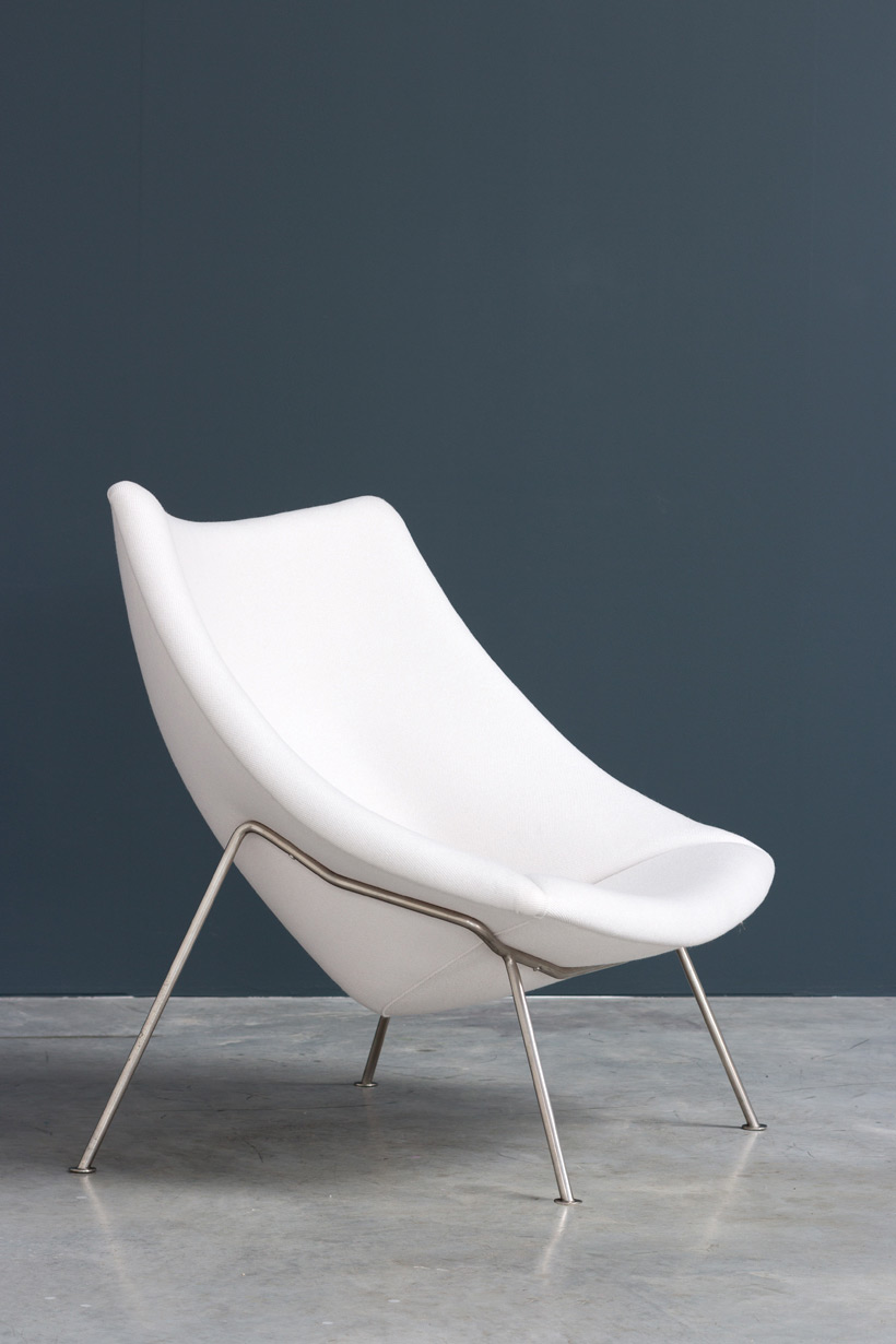 Pierre Paulin pair of Oyster F159 lounge chairs and ottoman Artifort img 4