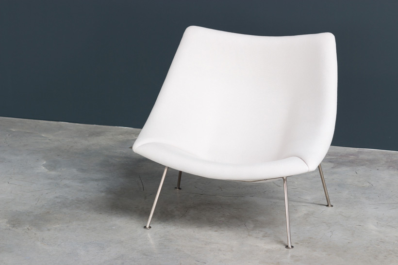 Pierre Paulin pair of Oyster F159 lounge chairs and ottoman Artifort img 6