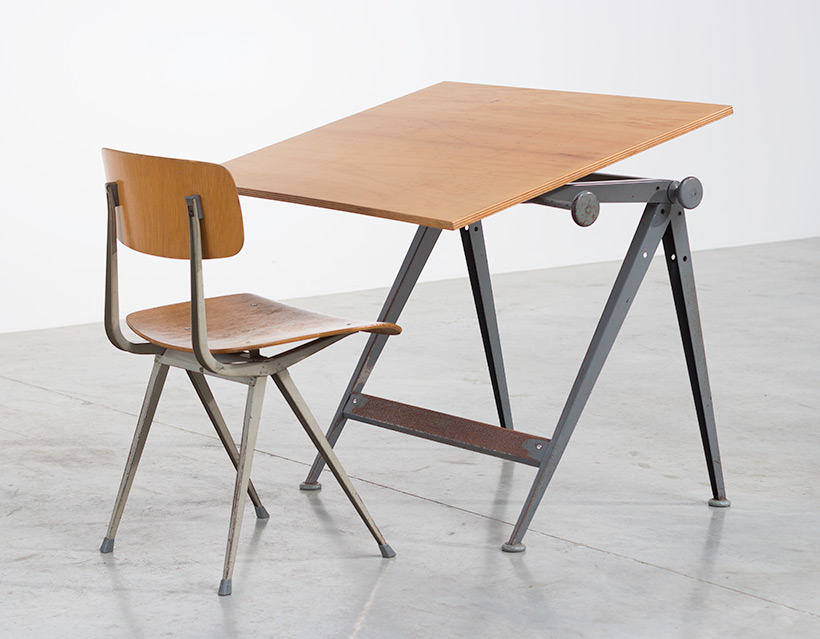 Reply drafting table designed by Wim Rietveld and Friso Kramer chair img 7