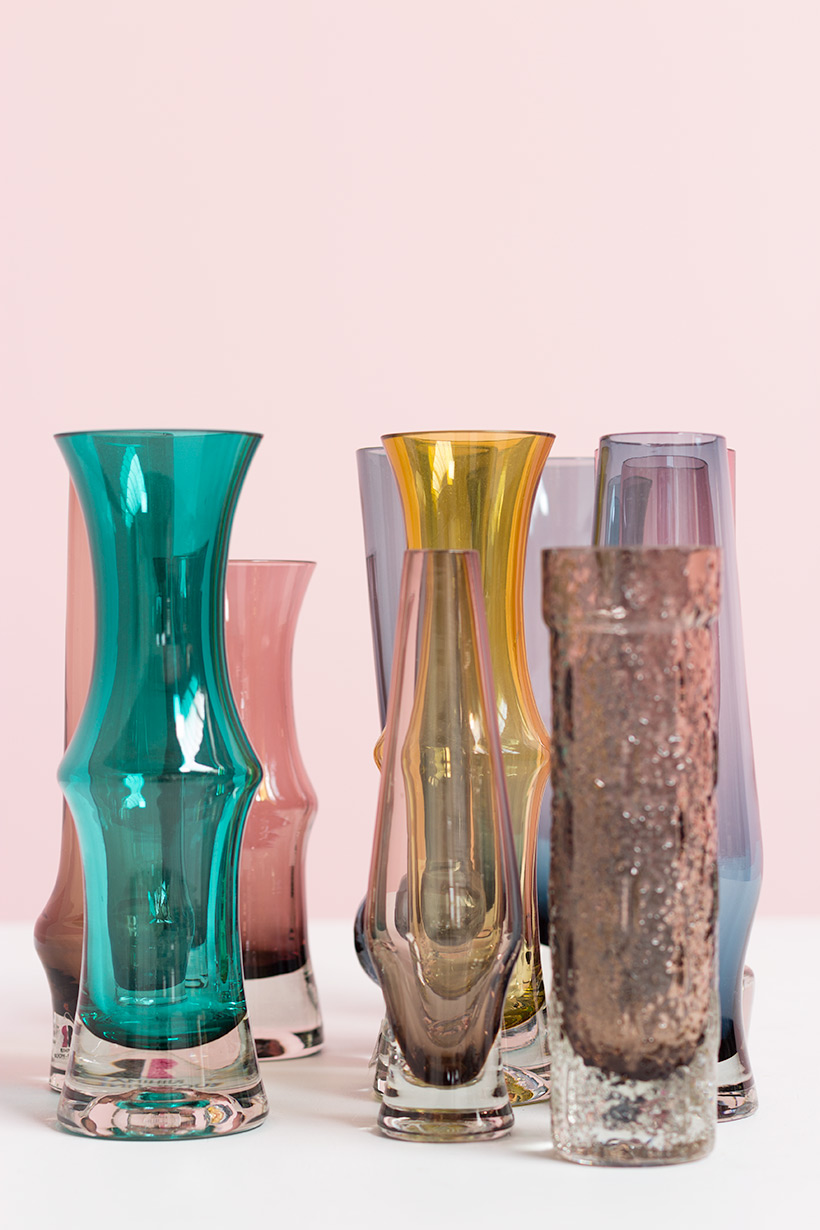 Riihimaki Lasi Oy decorative set of ten glass works by Tamara Aladin img 5