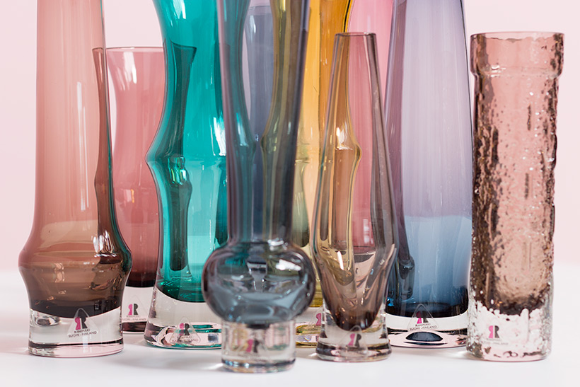 Riihimaki Lasi Oy decorative set of ten glass works by Tamara Aladin img 6