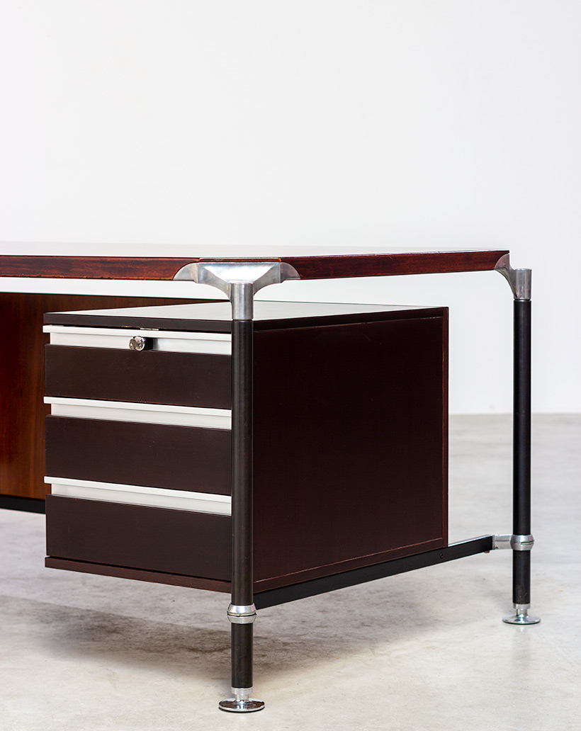 Rosewood executive desk by Luisa and Ico Parisi for MIM 1960