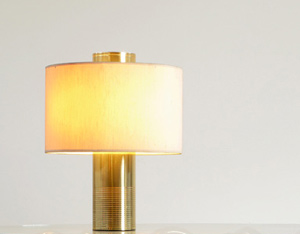 Round cylinder modern Italian brass table lamp