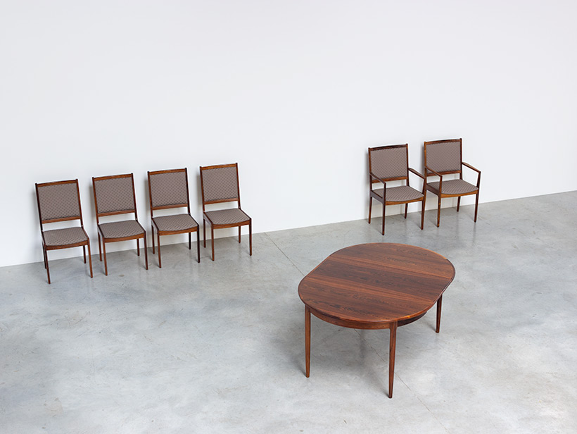 Scandinavian modernist dining table with Brazilian rosewood img 3