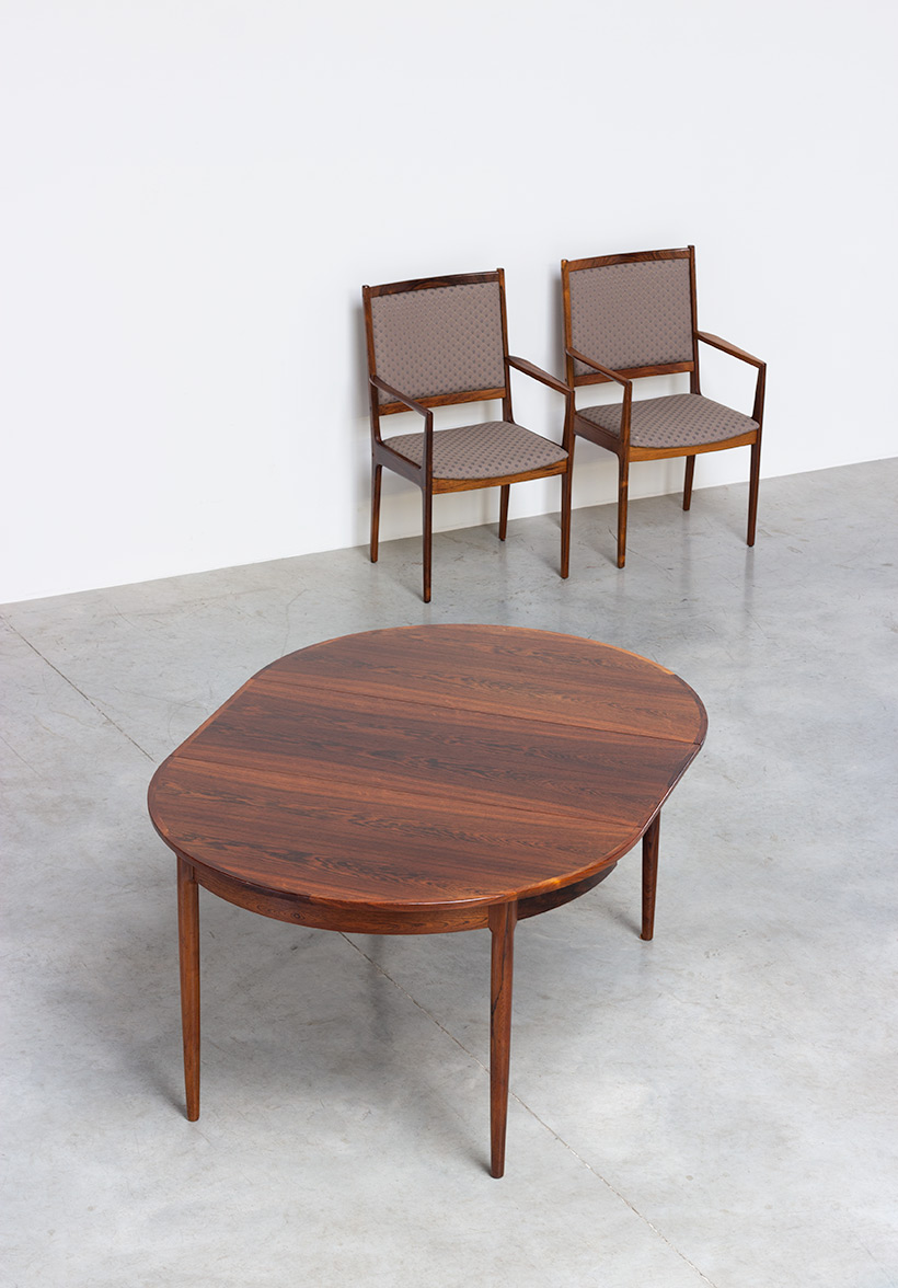 Scandinavian modernist dining table with Brazilian rosewood img 4