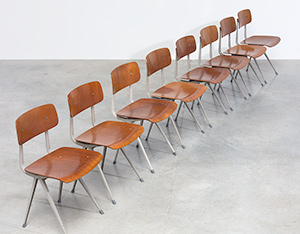Set of 8 Friso Kramer Result chairs De Cirkel Industrial 1960