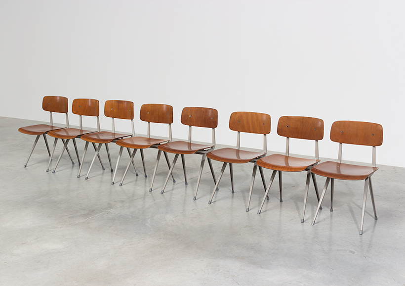Set of 8 Friso Kramer Result chairs De Cirkel Industrial 1960 img 3
