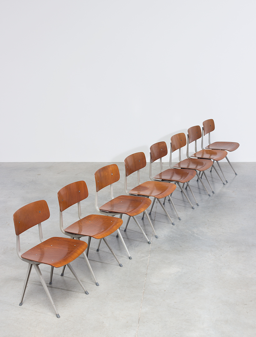 Set of 8 Friso Kramer Result chairs De Cirkel Industrial 1960 img 5