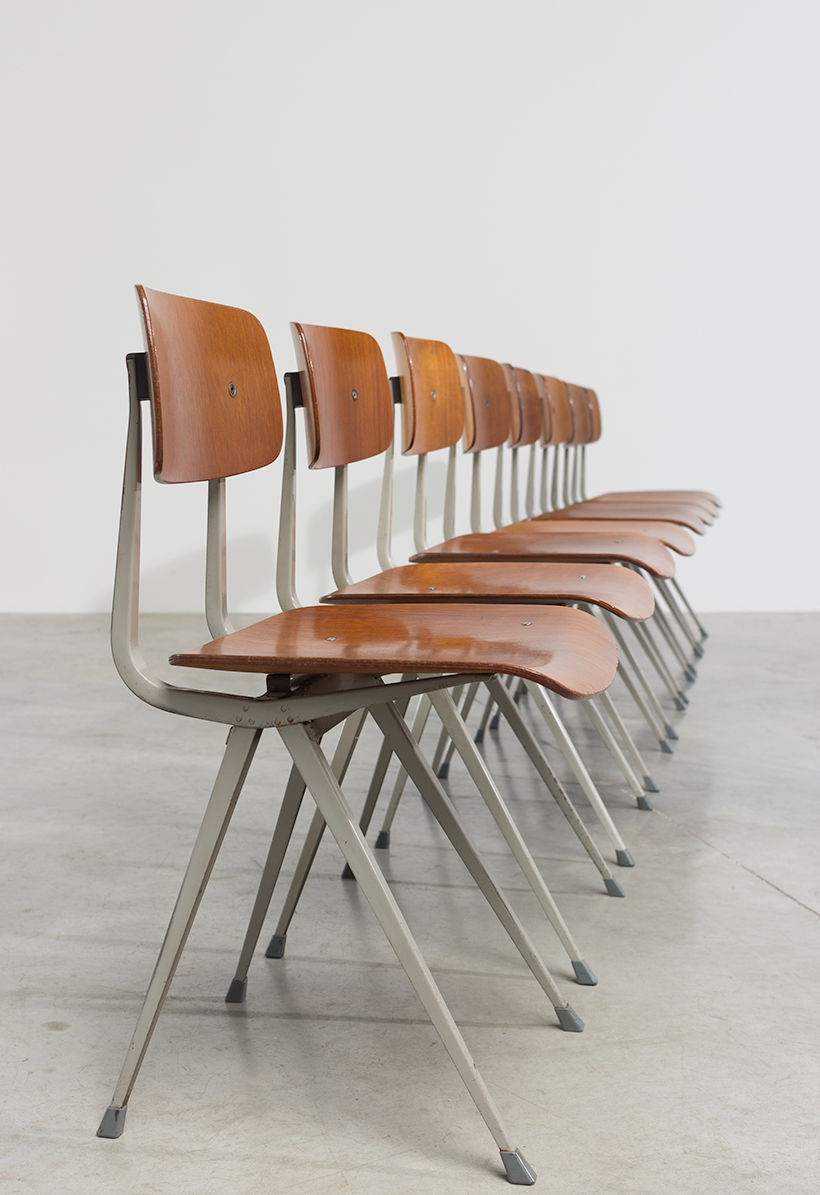 Set of 8 Friso Kramer Result chairs De Cirkel Industrial 1960 img 7