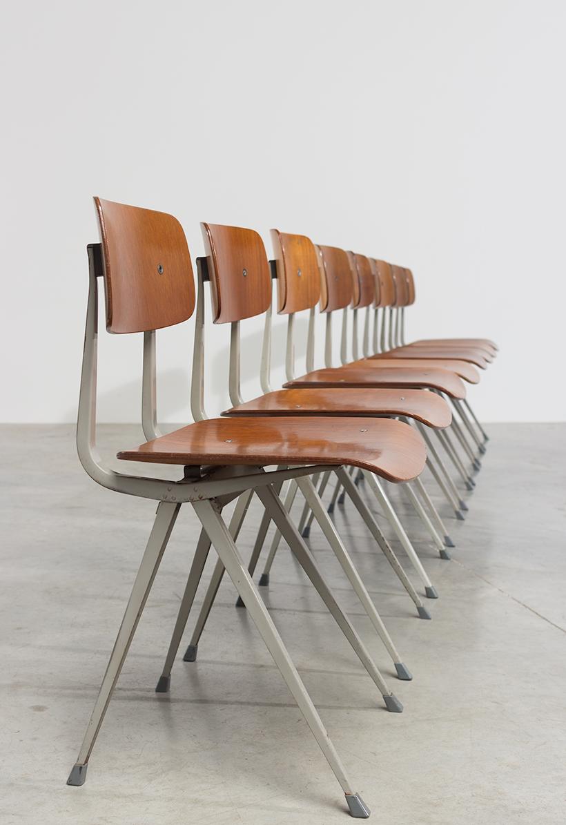 Set of 8 Friso Kramer Result chairs De Cirkel Industrial 1960 img 7