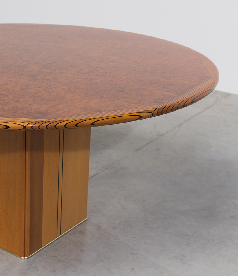 Tobia Scarpa and Afra Scarpa Artona Burl wood Dinning table 1975 img 9
