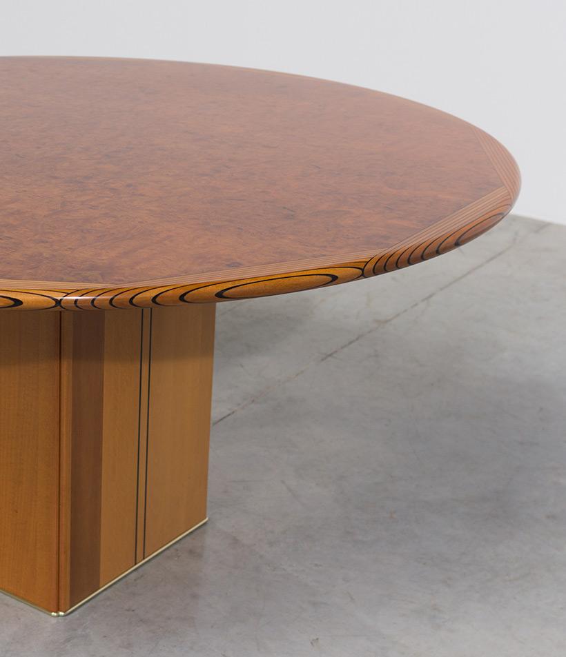 Tobia Scarpa and Afra Scarpa Artona Burl wood Dinning table 1975 img 9