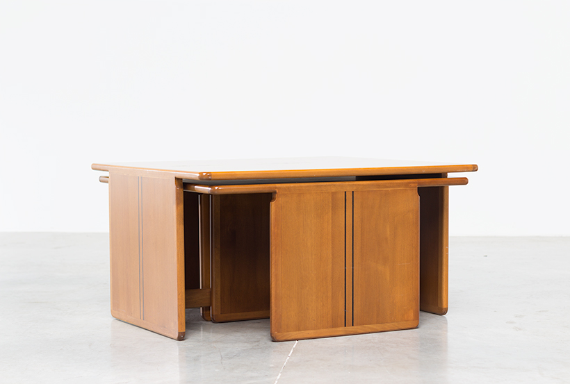 Tobia Scarpa and Afra Scarpa Coffee table with side tables 1975 img 3