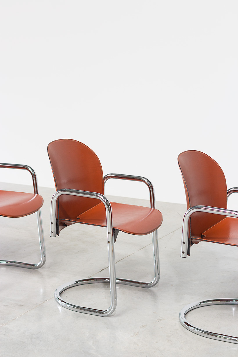 Tobia Scarpa and Afra Scarpa set of four Leather Dialogo chairs
