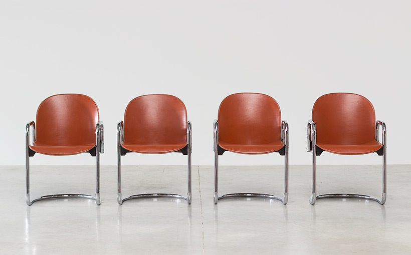 Tobia Scarpa and Afra Scarpa set of four Leather Dialogo chairs img 5