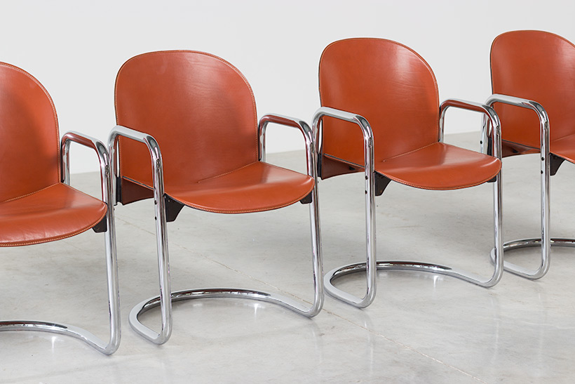 Tobia Scarpa and Afra Scarpa set of four Leather Dialogo chairs img 6