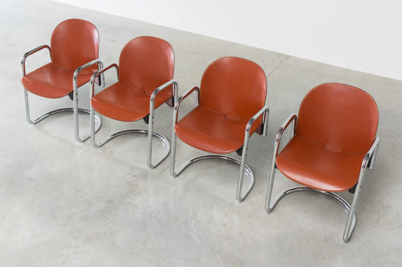 Tobia Scarpa and Afra Scarpa set of four Leather Dialogo chairs img 7
